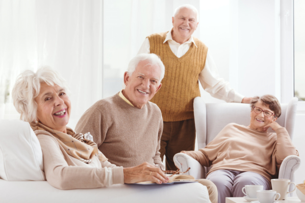 when-seniors-need-to-form-new-friendships-10-tips